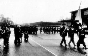 Wyprowadzenie jednostek rosyjskich z baz w Świnoujsciu - defilada pożegnalna 1993, Jarosław Dalecki i Zbigniew Malarski relacjonują dla Polskiego Radia