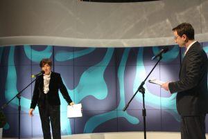 Maria Bartczak - dyrektor TVP Szczecin i Paweł Wiśniewski - prowadzący galę finałową
