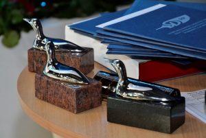 kaczki dziennikarskie - nagrody dla laureatów konkursu Dziennikarz Roku