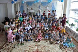Niezliczona ilość spotkań z dziećmi w szkołach, przedszkolach i domach dziecka (3)