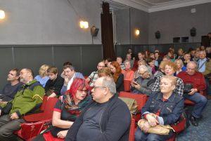 sala kinowa INKU - publiczność na spotkaniu z Włodzimierzem Piątkiem (2)