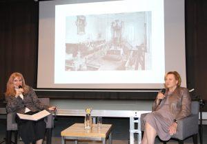 Prowadząca spotkania Anna Kolmer (po lewej) z Ewą Stanecką (po prawej) (3)