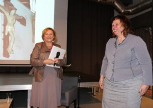 Ewa Satanecka (po lewej) oraz Laura Hołowacz (po prawej)