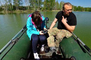 8. Natalia Kosowska na łodzi pontonowej
